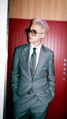 Jimin Selca, Bts Taehyung, Park Ji Min, Jimi Bts, Taehyung Photoshoot, Park Jimin Cute, Bts Hoodie, Jimin Pictures, Foto Jimin