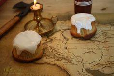 Skyrim sweet roll cupcakes