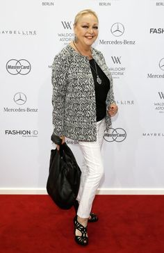Pin for Later: Die Stars machen Berlin zum Mode-Mekka bei der Fashion Week Barbara Schöne bei der Schau von Minx by Eva Lutz