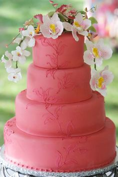 Pretty but maybe with dainty white flowers or a lighter color of the coral