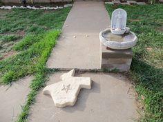 broken birdbath stand redone on bricks