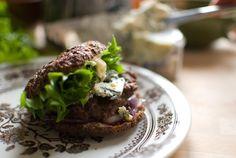 Onnekas oli se päivä, jona löysin kenties maailman herkullisimman ruokablogin äärelle. Ree Drummondin, tuttavallisemmin Pioneer Womanin blog...