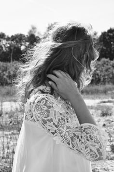 Lace sleeves - The Tres Chic Bohemian Mode, Bohemian Style, Boho Chic, Hippie Chic, Looks Style, Style Me, Sweet Style, Coco Chanel, Boho Fashion