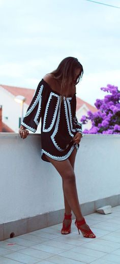 street style black and white off the shoulders dress