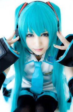 Most popular tags for this image include: cosplay, vocaloid and hatsune miku