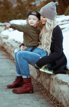 I want to be this pretty when I have my first child. Love her soft waves