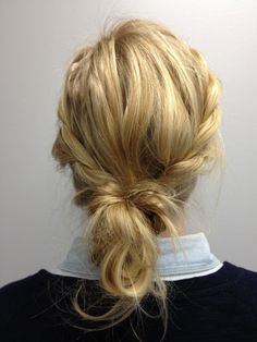 Love this quick and easy messy bun.
