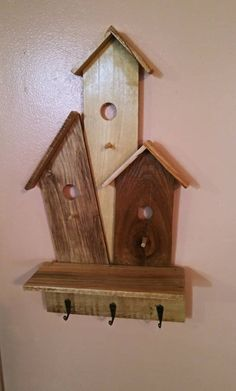 Made from pallet wood. Check out our other listings for more unique birdhouse theme decor. Pallet Furniture Tv Stand, Car Furniture, Diy Fashion Hacks, Palette Deco, Bird Houses Painted, Wood Creations, Rustic Walls, Driftwood Art, Wood Design
