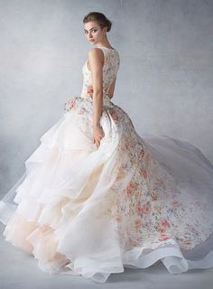 10 Colored Wedding Gowns You'll Fall Head Over Heels For | https://brideandbreakfast.ph/2016/04/24/colored-wedding-gowns/