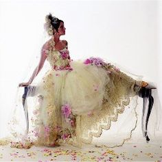 such a beautiful and different wedding gown. love it.