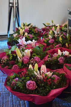 Runway Flowers #flowers #lolaliza #fashion #lolalizafashion #behindthescenes