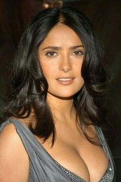 Sexy Photos of Salma Hayek The Cleavage Queen Selma Hayek, Photo Mannequin, Salma Hayek Body, Salma Hayek Style, Salma Hayek Pictures, Meagan Good, Female Actresses, Jolie Photo, Celebs
