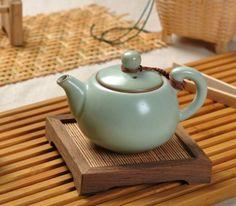 China Green glazed Chinese Ru Porcelain Tea Sets , 150ml Celadon Ru Kiln Teapot supplier