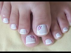 LINDAS UNHAS DECORADAS PARA OS PÉS - YouTube Toe Nail Art, Toe Nails, Nail Art Designs Videos, Nail Designs, Manicure And Pedicure, Pretty Nails, Finger, Lily, Beauty