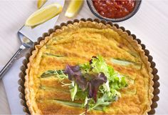 This simple cheese & asparagus quiche recipe is just the ticket for a light summer dinner, a casual picnic, an easy brunch or when you need to 'bring a plate'. Savoury Slice, Savory Tart, Vegetarian Options, Vegetarian Food, Light Summer Dinners, Asparagus Quiche, Homemade Pastries, Quiche Recipes, Brunches