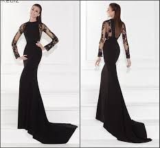This killer of a long-sleeve dress  is your secret-sash in winter, if you want to capture every single male's attention in the room.