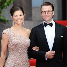 """Noch ist  Königin Silvia von Schweden  krank – erkältet! """"Sogar sehr schwer erkältet"""", sagte ihre Tochter  Kronprinzessin Victoria von"""