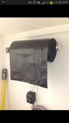 28 Brilliant Garage Organization Ideas ~ Use a paper towel holder for garbage bags. (would be good for a garage) Do It Yourself Organization, Garage Organization, Garage Storage, Organization Ideas, Storage Ideas, Bag Storage, Diy Garage, Clothes Storage, Organizing Tips