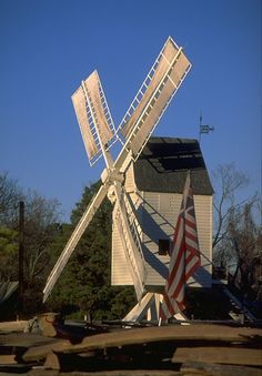 Miller Windmill @ Colonial Williamsburg - has been moved from original location in order to restore - what a loss to that part of the historic area