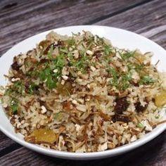 Arroz Arabe (Arroz Navideño) Arroz Biro Biro, Couscous, Rice Recipes, Cooking Recipes, Christmas Dinner Menu, Arabian Food, Peruvian Recipes, Lebanese Recipes, Rice Dishes
