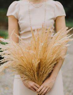 Modern Meets Coastal at this Garden Party Wedding in Historic Charleston Wheat Wedding, Rose Wedding, Floral Wedding, Wheat Flower, Bridesmaid Bouquet, Wedding Bouquets, Flower Bouquets, Bridesmaids, Restaurant Wedding