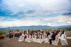 Destination wedding at Castello di Gabbiano, Florence, Italy by Photographer Fia Forever Photography