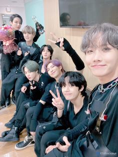 map of the soul 7 bts with trophies Namjoon, Jhope, Seokjin, Hoseok, Bts Taehyung, Foto Bts, Bts Photo, Bts Boys, Bts Bangtan Boy