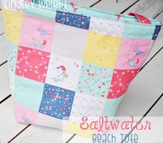 Riley Blake Designs -- Cutting Corners: Saltwater Beach Tote featuring the Saltwater fabric collection designed by Cinderberry Stitches for Riley Blake Designs #iloverileyblake #saltwater #cinderberrystitches