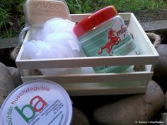 GESUNDHEIT Kiste:Pferdebalsam + Husten Bonbons + Hamamelisseife + Massageschwamm