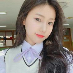Image may contain: one or more people, selfie and closeup Korean Girl, Asian Girl, Eyes On Me, Korean Writing, Japanese Girl Group, Aesthetic Gif, Aesthetic Fonts, Kim Min, The Wiz