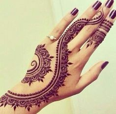 I know it a Henna Tattoo, but it would be really cool as an actual tattoo!