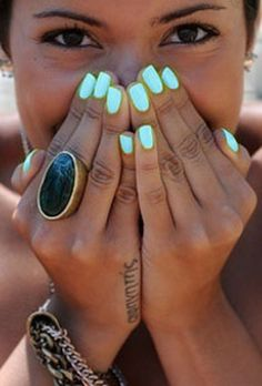 Great nails, neon minty teal