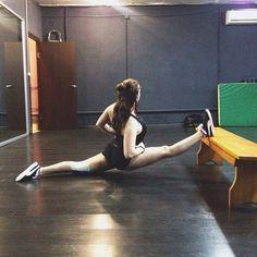Пусть это будет фото ДО Добью правый со скамейки #спорт #фитнес #танцы #растяжка #шпагат #минусшпагата #тренировка #тренировкивростове #растяжкавростове #мотивация #sport #train #fit #fitness #fitnessmotivation #motivation #stretching #poledance #sarafanfam #rostov #rostovondon #like4like #follow4follow by lea1katrin