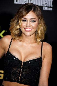 Looking for Cool Miley Cyrus hairstyles? Here we present you trendy and  cool hairstyles for young and flamboyant girls. Check out these awesome Miley  Cyrus hairstyles.