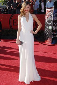 Miranda Kerr Dress, Miranda Kerr Outfits, Miranda Kerr Style, Ideal Girl, Red Carpet Fashion, Evening Gowns, Celebrity Style, Sexy, White Dress