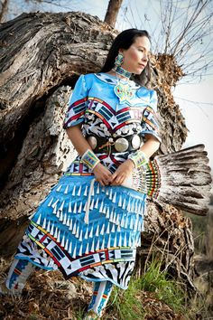 The best Jingle dress ideas Native American Regalia, Native American Pictures, Native American Clothing, Native American Beauty, Native American History, American Indians, Cherokee History, Indian Pictures, Jingle Dress Dancer