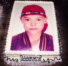 Harrys 4th cake cx