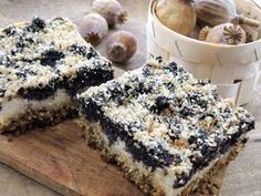 Tvaroho-makový koláč bez mouky Sweet Desserts, Sweet Recipes, Dessert Recipes, Biscuit Sandwich, Czech Recipes, Chocolate Biscuits, Healthy Deserts, Gluten Free Cakes, Healthy Cookies