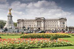 Buckingham Palace, Paris, France | Front view of the Buckingham Palace