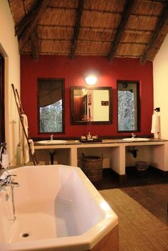 Bath time at Game Lodge, Romantic Escapes, Family Units, Bath Time, Corner Bathtub, Lodges, Elephant, Rock, Cabins