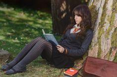 Hermione Granger - Harry Potter Saga: Reading by Eilaire.deviantart.com on @DeviantArt