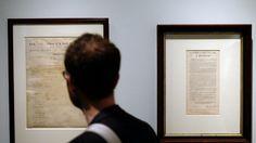 Subastan dos documentos de Lincoln para abolir la esclavitud | Tele 13 Se trata de ediciones limitadas de la Proclamación de Emancipación que el ex Presidente Lincoln pronunció el 1 de enero de 1863.