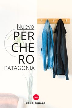 Decorar y ordenar con #percheros.  Sillas con respaldos despejados, sillones aprovechables al 100% y tu cama puede seguir siendo cama durante las reuniones.   Combinamos madera de ciprés de la #Patagonia y hierro para que tu ropa esté en un sólo lugar!  #percherosdepared #demadera #hierro #originales #decoracion #entradas #recibidor #espaciospequeños #ideas #argentina #bariloche #modernos #diseño Patagonia, Ideas, Home Decor, Couches, Dining Room, Wall Coat Hooks, Natural Wood, Reunions, Decoration Home