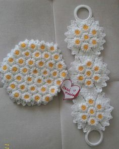 Flower blankets are my favorite crochet blankets pattern and are always fun to make. The one I'm showing you today - Salvabrani Lace Knitting Patterns, Crochet Blanket Patterns, Baby Blanket Crochet, Loom Knitting, Crochet Blankets, Crochet Dollies, Crochet Lace, Free Crochet, Loom Flowers