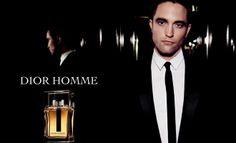 Robert Pattinson, que saltó a la fama por su papel protagonista en la saga Crepúsculo, representa esta vez la fragancia Dior Homme, abanderando así el perfume masculino por excelencia de la prestigiosa firma francesa Dior.