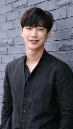 Asian Actors, Korean Actors, B1a4 Jinyoung, Kdrama, Moonlight Drawn By Clouds, Jin Goo, Seo Kang Joon, Young Actors, Gong Yoo