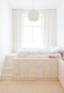 Spazio contenitore sotto il letto