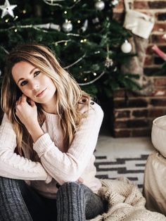 Blogger Jessica Harris teams up with John Lewis to talk all things cashmere and Christmas #christmas #ootd #fashionblogger #christmasoutfits #hygge