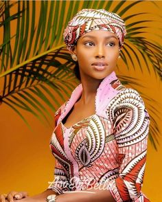 Africa fashion clothing looks Tips 6703011127 African Inspired Fashion, African Print Fashion, Africa Fashion, African Fashion Dresses, Ankara Fashion, Women's Fashion, African Attire, African Wear, African Women