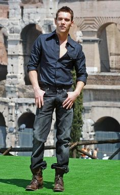 Jonathan Rhys Meyers Photo - Kylie Cast and Director of 'Mission Impossible 3' at a Photocall